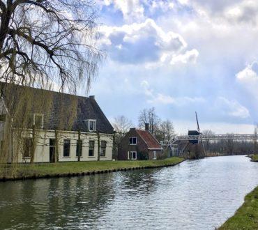historische bebouwing langs het water in Natuurkwartier Nieuwegein